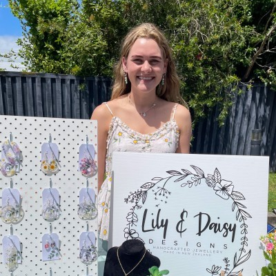 Lily & Daisy Designs